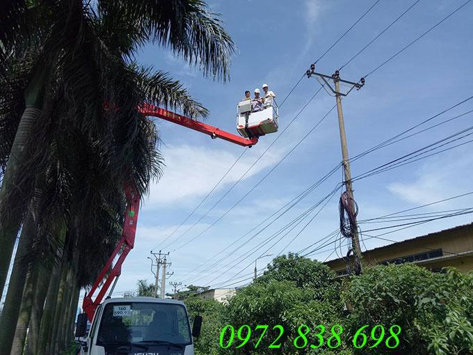 xe nâng người sửa chữa điện 16m