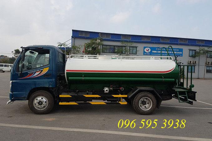 xe phun nước rửa đường 5 khối